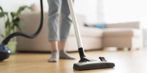 Nettoyer sa maison avec un aspirateur